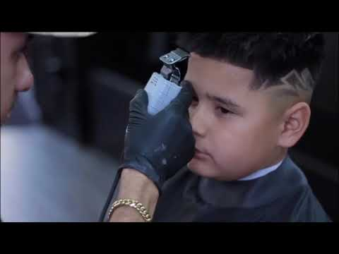 BARBER TUTORIAL | HOW TO LOW-FADE WITH DESIGN BY : PHARAOHH.CUTZ thumbnail