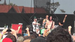 NOFX - Murder The Government and I'm Telling Tim (live at Riot Fest 2012)