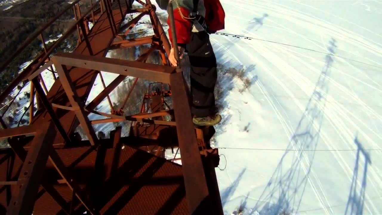 Russian Base Jump Fail From Tosh This Guys Is NOT A Big Time - Crazy guy base jumps radio tower