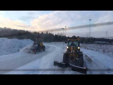 Östuna åkeri snöröjning Rosersberg 2016