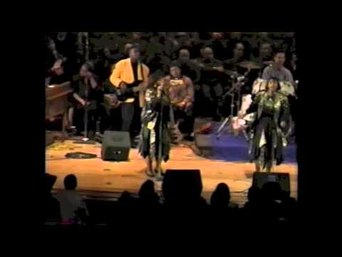 The Clark Sisters (Rare Performance) Live -