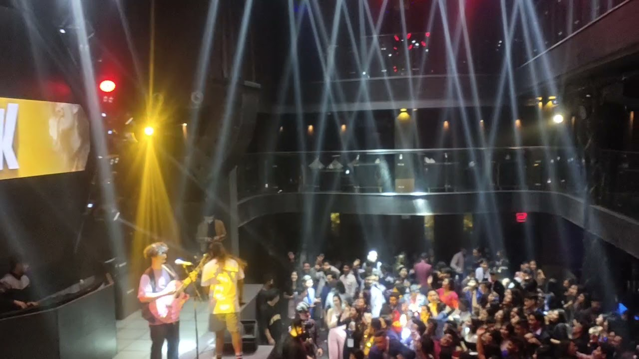 Download Mayalu ..Vek Live performance at clubplatinum