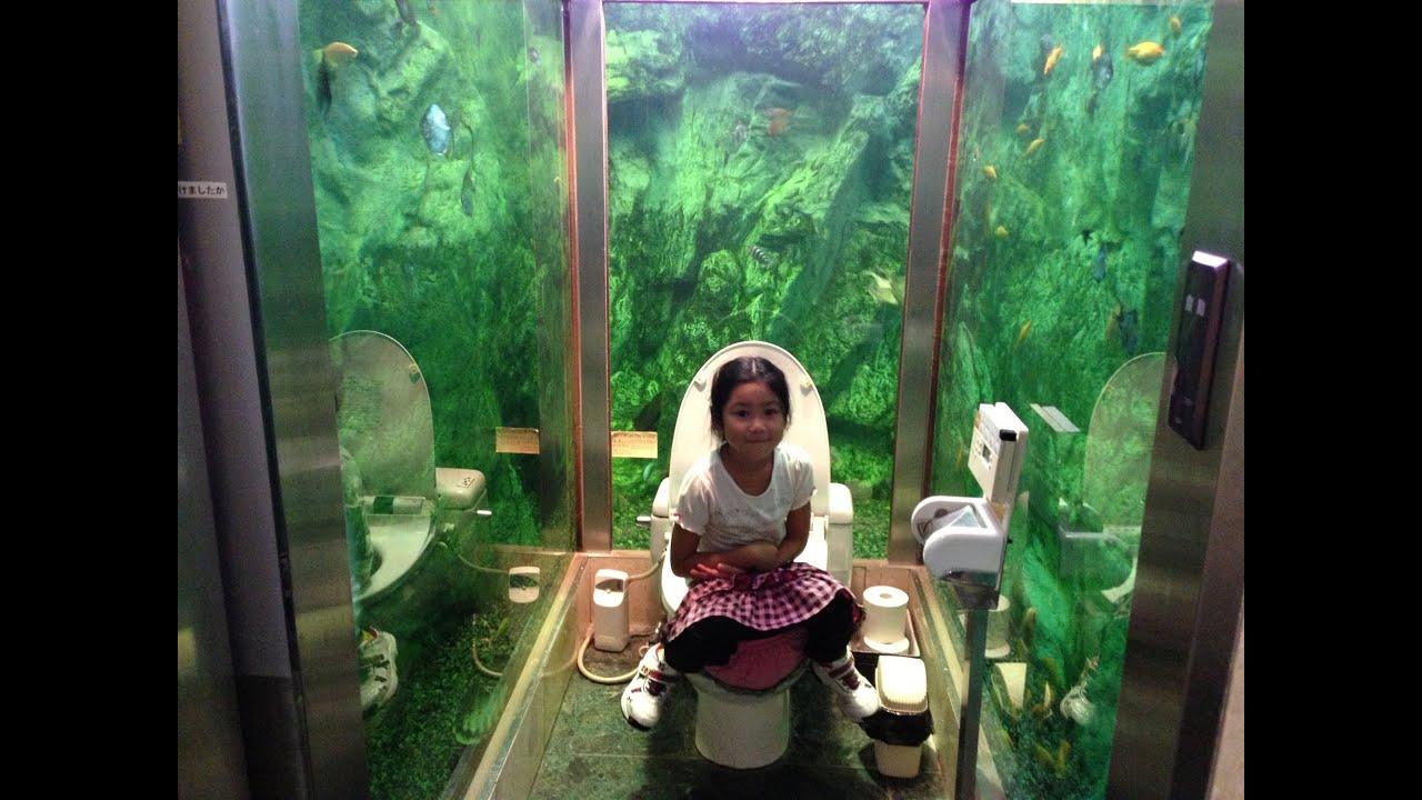 水族館のようなトイレがあるレストラン【ムーミンパパ】〈Restaurant with a toilet, such as aquarium〉 ,  YouTube