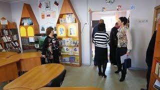 Депутат помог обустроить библиотеку в Омсукчане