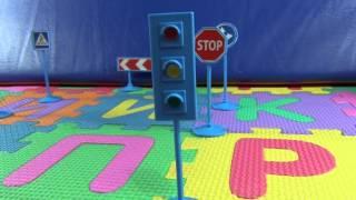 Карс (Cars) И Дорожные Знаки Для Детей. Карс, Молния Маккуин Проверяет Заказ