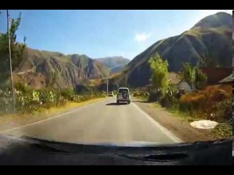 Taxi ride from Cuzco to Ollantaytambo trainstation