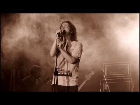 FILIPE CATTO homenageia ELIS cantando COMO NOSSOS PAIS - Memorial 25 anos - 17 03 2014