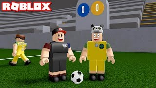 The one who scores the most goals wins! Football Time - Roblox Kick Off with Panda