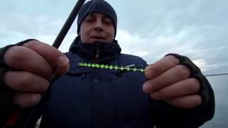 Рыбалка с братом. Ловля окуня на отводной поводок. Лайтовая рыбалка в феврале.