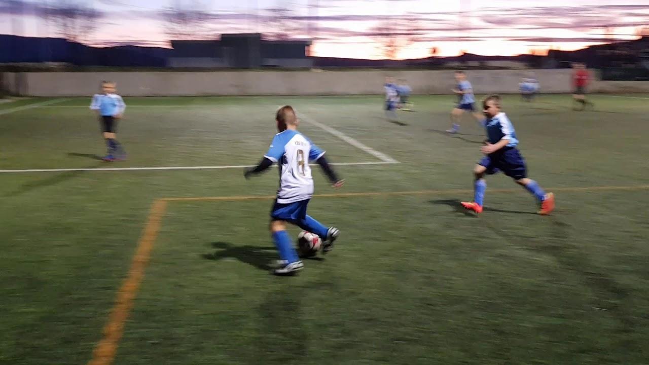 Mlađi početnici: OSK - Čaporice-Trilj / pogodak Nike Šimunović-Erpušine /