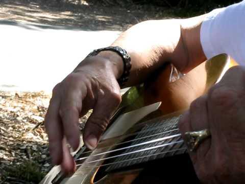 """Bob Kroll Plays """"El Matador"""""""