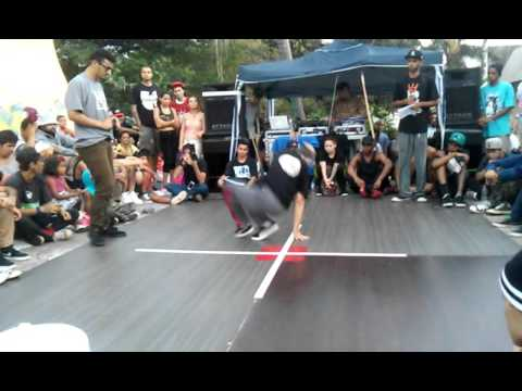 Bgirl Thai vs Bboy New Move - Battle Banks 2015