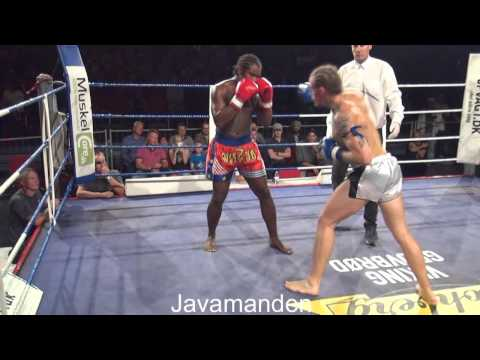 12  83 kg, C class 3×2 min  Joe Mitchel DK vs Henrik Poulsson SE Mikenta Fight Night 12 09 2015 +71%