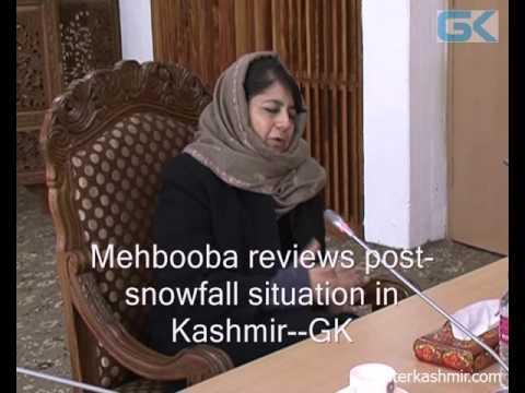 Mehbooba reviews post-snowfall situation in Kashmir