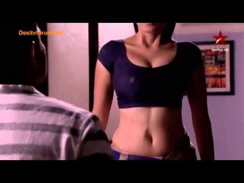 Serial aunty navel expose || 2015