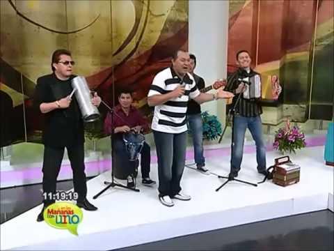 El rey vallenato cachaco interpreta las canciones de Diomedes