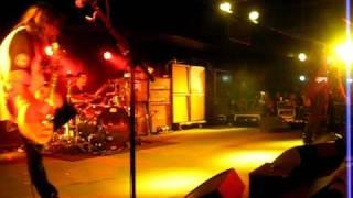 Cinderella - Shake Me - Live - 2011