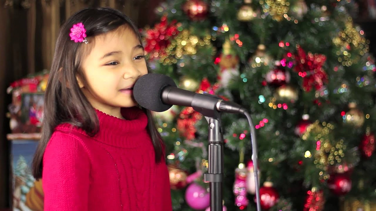 6 Yr Old Singing Put a Little Holiday in Your Heart (LeAnn ...