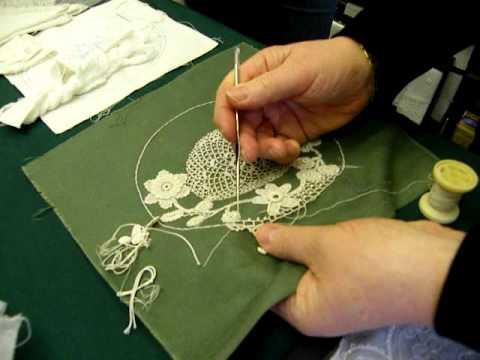 Irish Crochet Lace Demonstration By Nora Finnegan Youtube
