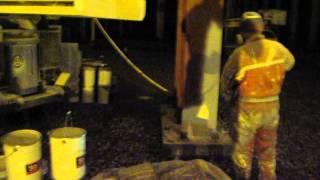 нанесение огнезащиты на металлические конструкции.(, 2014-09-29T10:29:04.000Z)