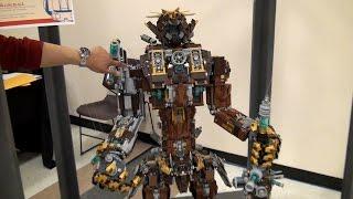 Giant LEGO Continuum Shift robot - Pacific Rim + Metal Beard – BrickCon 2015