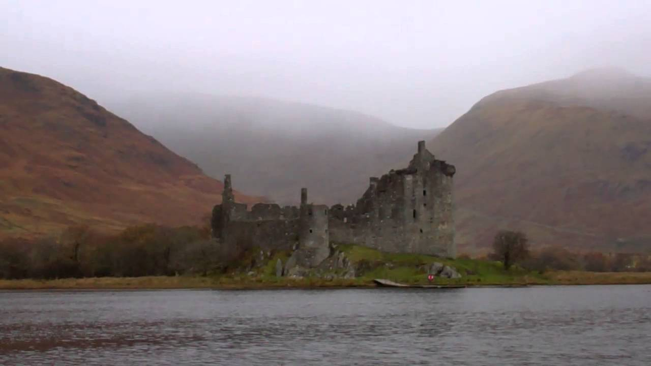 Fall Watch Wallpapers Rainy Autumn Day Kilchurn Castle Loch Awe Argyll Scotland