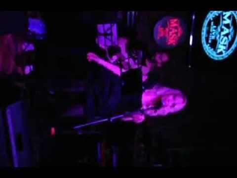 Gülçin Ergül Mask Live Musıc club - Price Tag