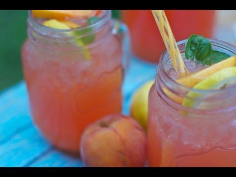 Fresh Peach Lemonade: Mother's Day Brunch