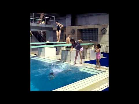 Chinese Diving Lesson......is this how He Chong, He Zi and Qui Bo started????