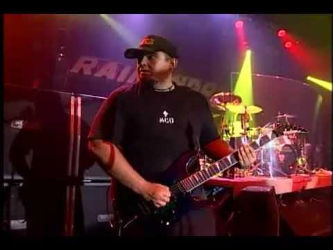 Raimundos - Oliver's Army (Elvis Costello Cover)