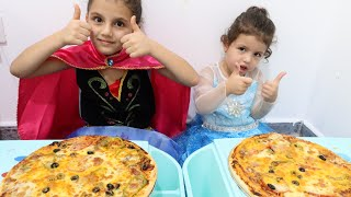 السا ضد انا ! تحدي البيتزا !!! Elsa vs Anna ! pizza Challenge