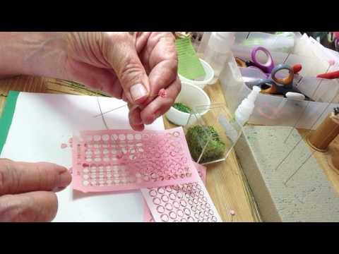 Making 1/12th scale roses with leaves and calyx