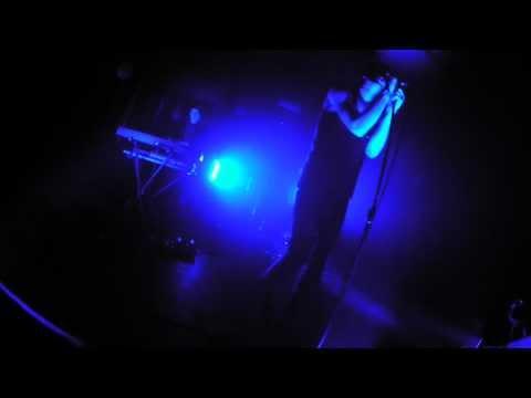 Trust - F.T.F - Live @ I.BOAT - Bordeaux (France) Janvier 23, 2013
