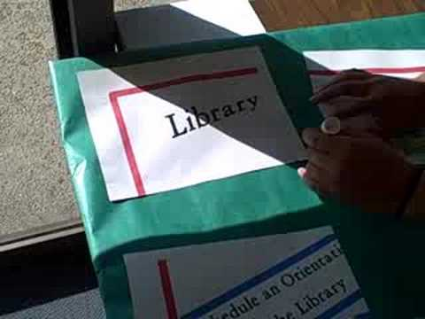 How to Volunteer @ La Puente Library: Making a Poster, Pt. 2