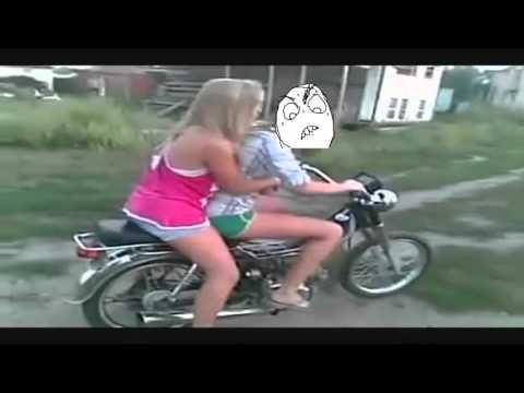 Caidas en motos Graciosas.  2016