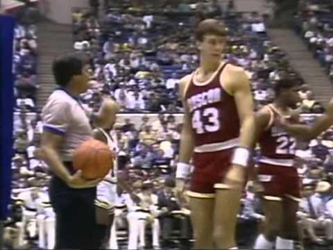 Houston Rockets - Utah Jazz at Salt Palace,Utah Karl Malone first game as a pro in a Jazz jersey!!!