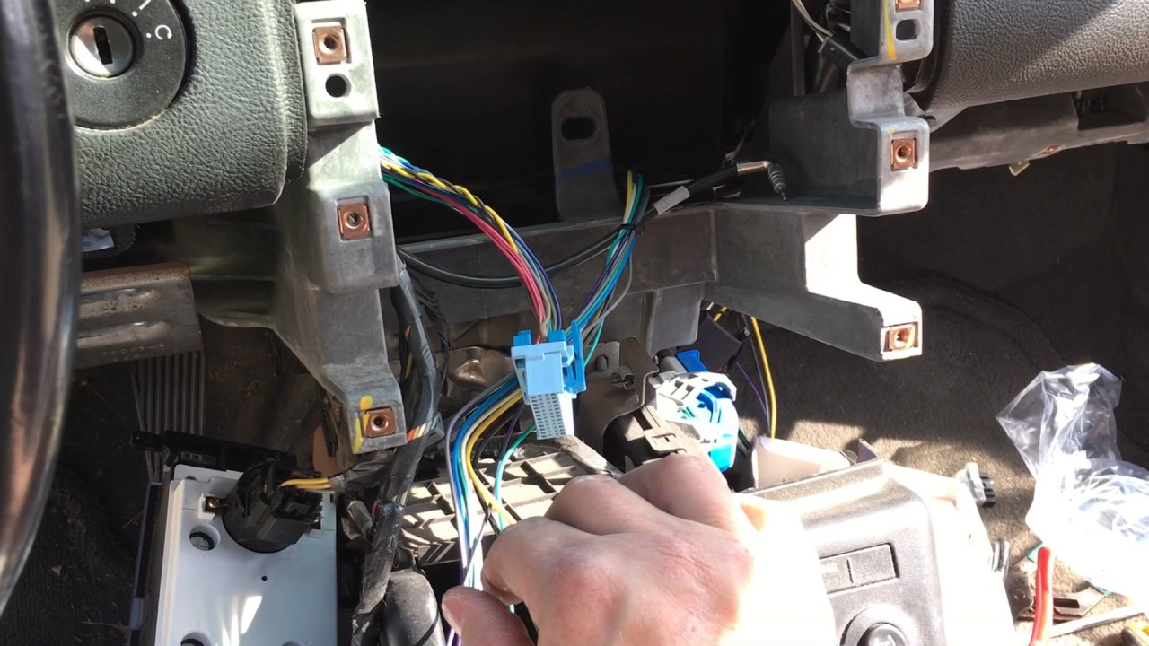 small resolution of pontiac g6 amplifier installation youtubepontiac g6 amplifier installation