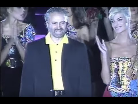 """Gianni Versace"" Autumn Winter 1991 1992 Milan 3 of 3 pret a porter woman by FashionChannel"