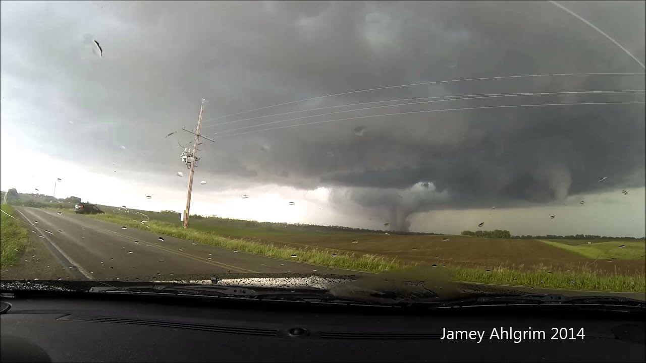Twin Tornadoes Forming Twin Tornadoes - Pilger