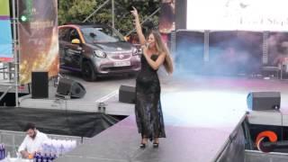 Rebeca Moss en Callao (Madrid Orgullo 2015)