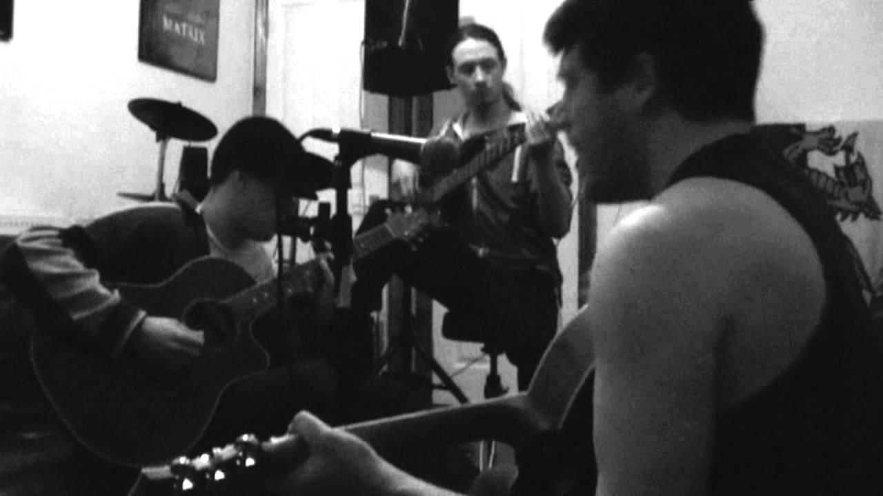 Johnny Vedmore & Bomb Alaska - Cocos Live Session