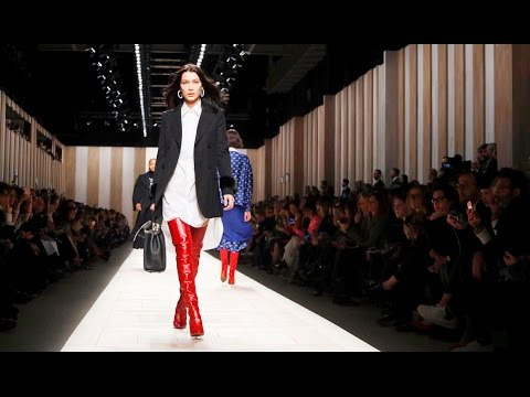 Fendi | Fall Winter 2017/2018 Full Fashion Show | Exclusive