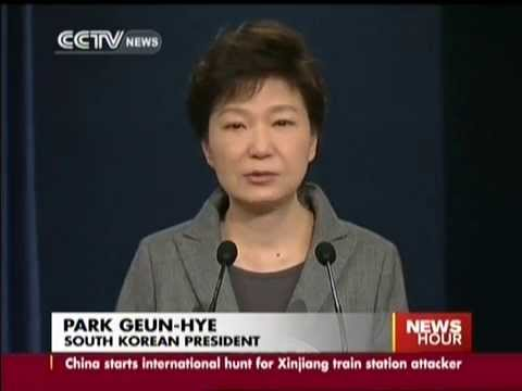 South Korean President shed tears while apologizing for ferry disaster