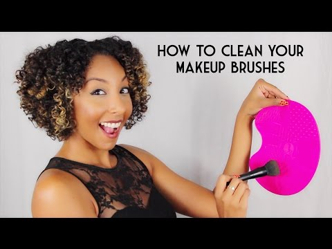 How To Clean Your Makeup Brushes! Sigma Express Brush Cleaning Mat Review! | BiancaReneeToday
