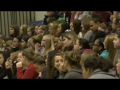 ARH gives vaping presentation to Beckley Stratton Middle School
