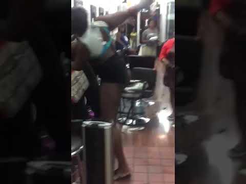 Fight in a Beauty Salon.. NY