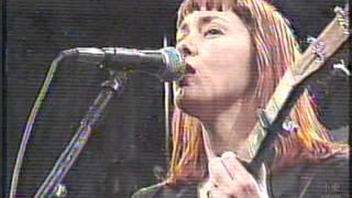 Suzanne Vega @ Programa Livre (Live in Brazil 1997) Luka