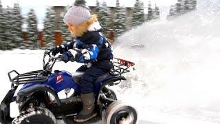 ДРИФТ на Квадроцикле зимой по Снегу. Зимняя покатушка на Электро Квадроцикле огромной мощности