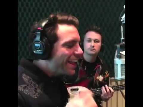 Mika, Radio @alfa91.3, Mexico City: We are golden live