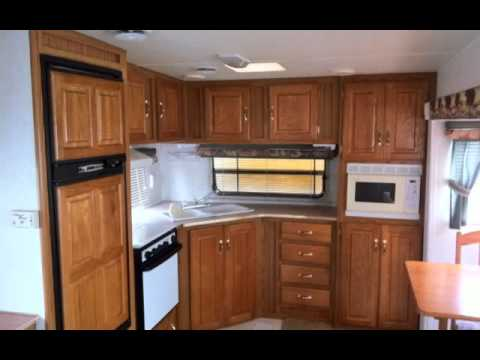 1999 JAYCO 243RKS EAGLE FIFTH WHEEL